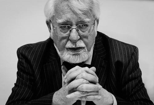 Владимир Петрович Скулачёв.